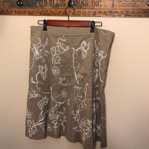 Ann Taylor Taupe Skirt with Embroidered Flowers
